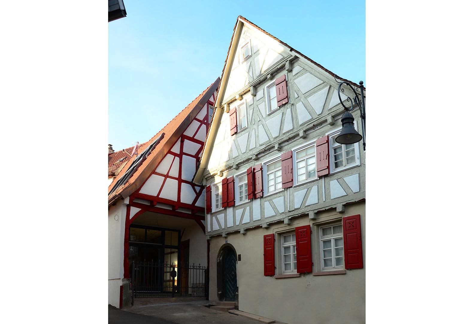 Umbau Scheuer zu Atelier und Sanierung eines denkmalgeschützten Wohngebäudes - Waiblingen