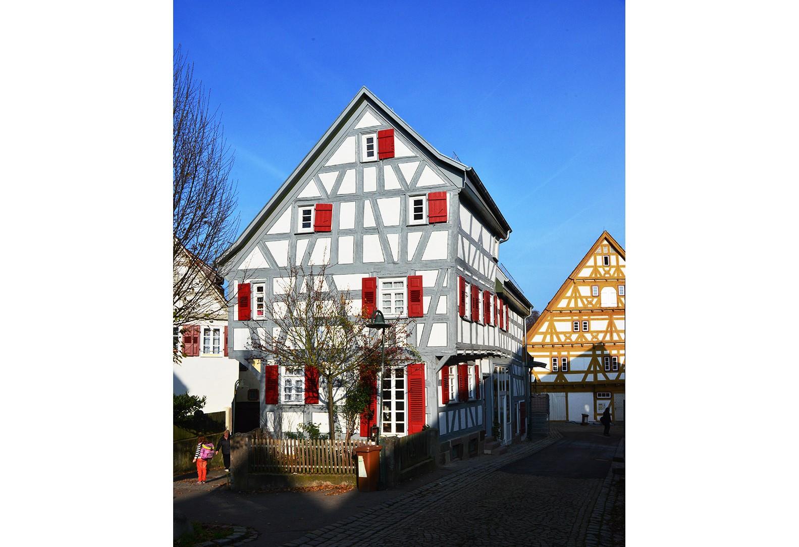 Umbau und Sanierung eines denkmalgeschützten Wohnhauses - Waiblingen